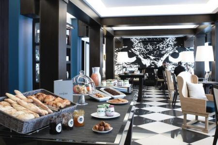 Espace de travail - Open Desk -Coworking - The Chess Hotel