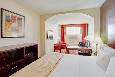 Dayuse room JFK Aiport - La Quinta Inn & Suites JFK Airport