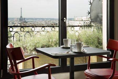Bureau partagé / coworking avec vue sur tout Paris - Terrass'' Hôtel