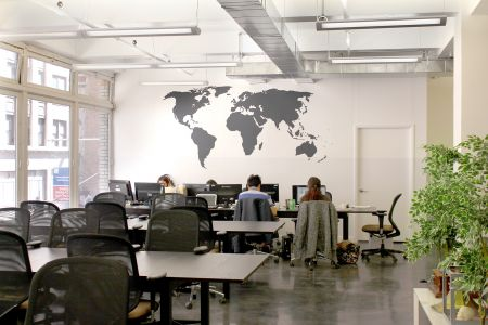 Coworking space Midtown Manhattan - New York - 10018 - Grand Central - Bryant Park - Empire State Building - workstation in open space - Ensemble Coworking Space - Old