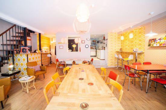 Espace de Coworking Paris 2ème | rue de Cléry | métro Sentier | poste de travail en open space / bureau nomade - Le 10h10 Clery