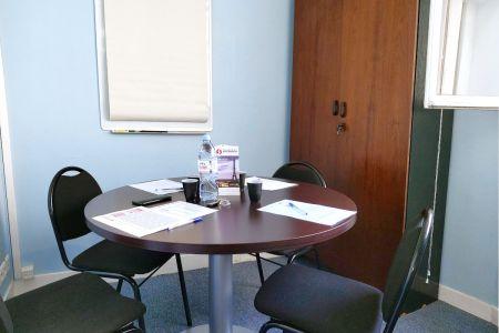 Salle de réunion - Paris - 9ème arr - boulevard des Italiens - 4 personnes max - 6 m2 - Sofradom ITALIENS